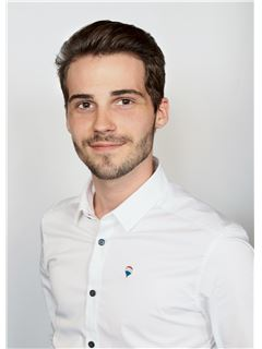 Associate in Training - Yohan PEPIN - RE/MAX ImmoCalade