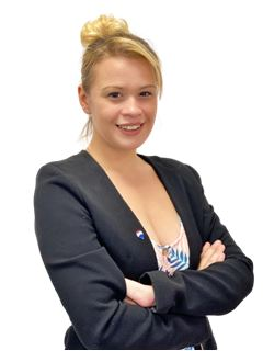 Associate in Training - Marina Passot - RE/MAX Infinity