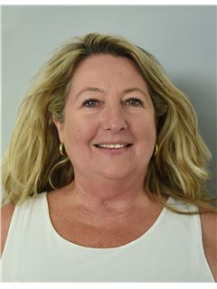 Valerie Pusset - RE/MAX Negocity