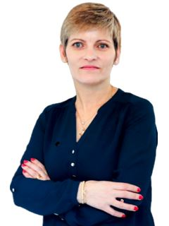 Associate in Training - Celia Dos Santos - RE/MAX NEWorld Immo Advance
