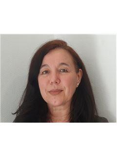 Associate in Training - Isabelle BISCHOF - RE/MAX Avantage