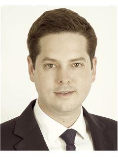 Directeur d'agence - Vincent Genevier - RE/MAX Victor Hugo