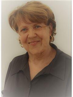 Associate in Training - Yvette HEBRAS - RE/MAX Platinium