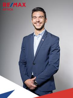 Agent - Louis Vicquery - RE/MAX Attica