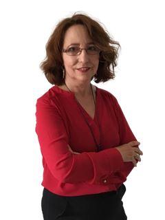 Associate in Training - Elisabeth Fernandes - RE/MAX NEWorld Immo Advance