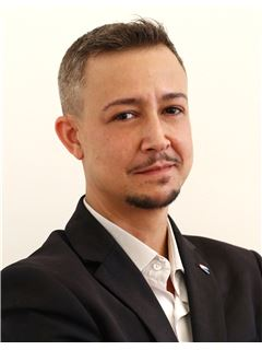 Cedric COMBES - RE/MAX Excellence