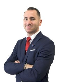 Associate - Fabrice STEPHAN - RE/MAX Infinity