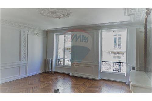Paris 8ème, Paris - Location - 3.132 €