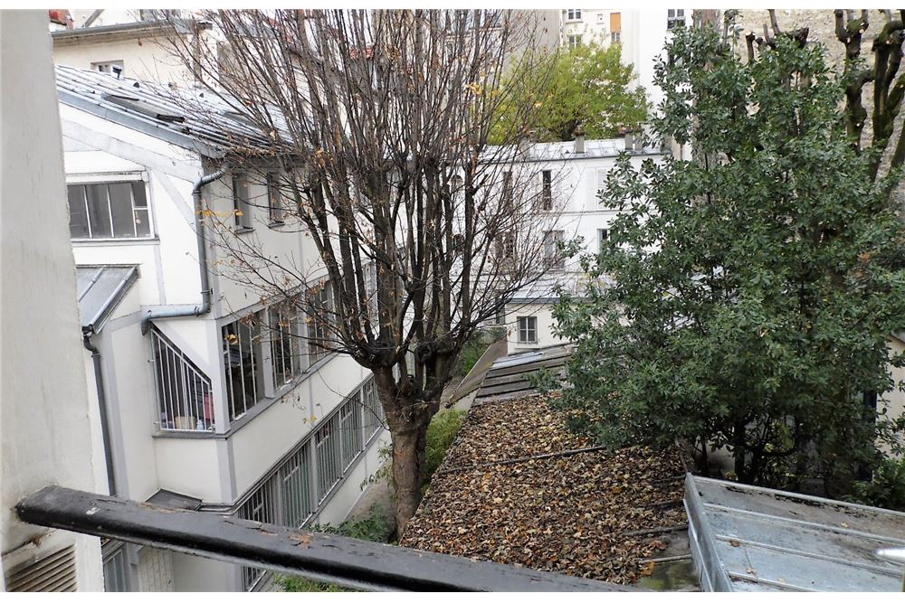 Appartement vente paris 18 me le de france for Vente atypique paris