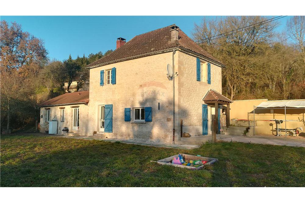 119 Sqm Villa For Sale 3 Bedrooms Located At Terrasson Lavilledieu Nouvelle Aquitaine France