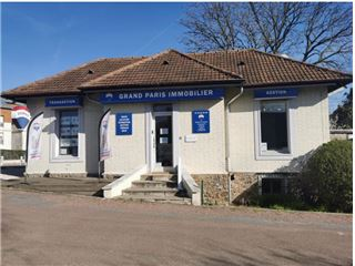 Office of RE/MAX Grand Paris Transaction - Marnes-la-Coquette