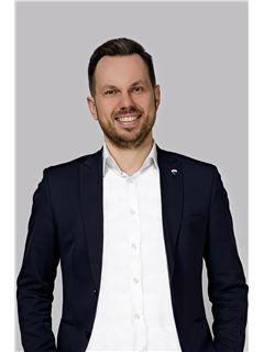 Krzysztof Kopaniecki - Właściciel biura - RE/MAX Freedom