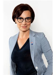 Elżbieta Zakrzewska - RE/MAX Experts