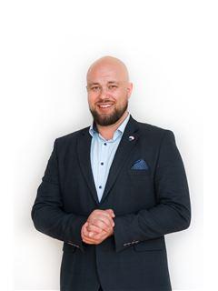 Właściciel biura - Arnold Łowicki - RE/MAX Liberty