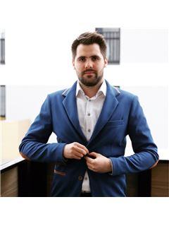 Marcin Matejko - RE/MAX Home Professional