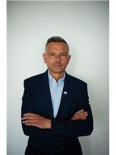 Piotr Żemła - RE/MAX Carbon