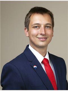 Piotr Nieć - RE/MAX Perfect