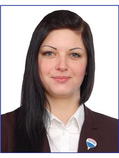 Kinga Ponicka - RE/MAX Duo III