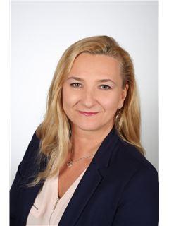 Wanda Urbańczyk-Kubator - RE/MAX Invest
