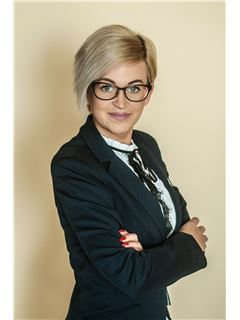 Iwona Batorska - RE/MAX Home Professional