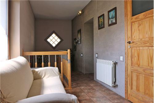 Dom dwurodzinny - Sprzedaż - Katowice, Polska - 49 - 800041001-678