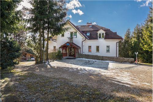 Sijoitus - Myytävänä - Naprawa, Polska - 56 - 470151015-363