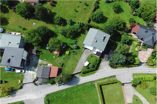 Dom dwurodzinny - Sprzedaż - Jaworze Dolne, Polska - 76 - 800061080-16