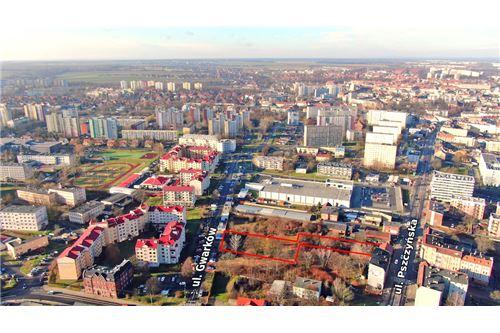 Nieruchomość inwestycyjna - Sprzedaż - Gliwice, Polska - 27 - 800041001-662