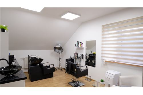 Investment - For Sale - Goleszow, Poland - 60 - 800061016-937