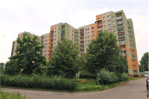 Mieszkanie na parterze - Sprzedaż - Katowice, Polska - 92 - 800041001-670
