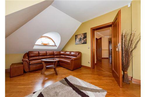Dom wolnostojący - Sprzedaż - Jankowice, Polska - 30 - 470131026-120