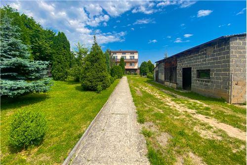 Dom jednorodzinny - Sprzedaż - Poręba, Polska - 34 - 800141016-156