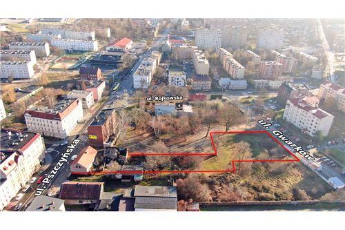 Nieruchomość inwestycyjna - Sprzedaż - Gliwice, Polska - 19 - 800041001-662