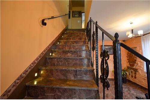 House - For Sale - Ustron, Poland - Schody na piętro - 800061070-16