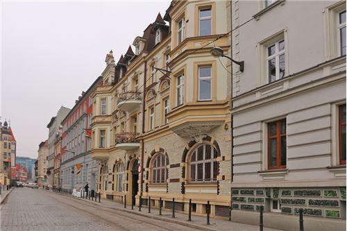 Lokal handlowy/usługowy - Sprzedaż - Gliwice, Polska - 4 - 800041001-665