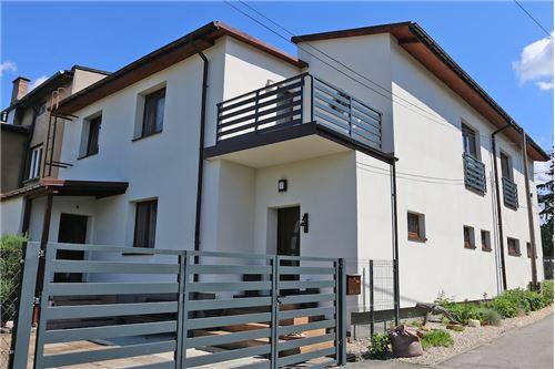Dom dwurodzinny - Sprzedaż - Katowice, Polska - 1 - 800041001-678