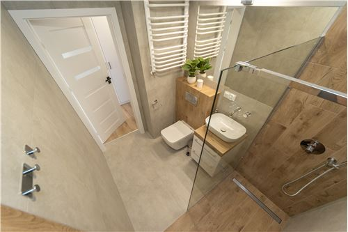 Condo/Apartment - For Rent/Lease - Bielsko-Biala, Poland - 13 - 800061057-46