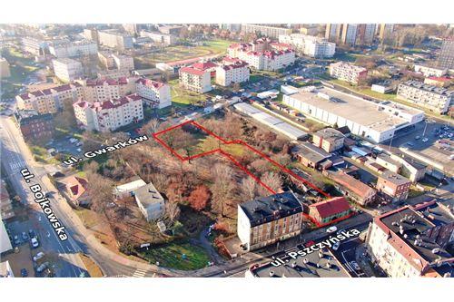 Nieruchomość inwestycyjna - Sprzedaż - Gliwice, Polska - 23 - 800041001-662
