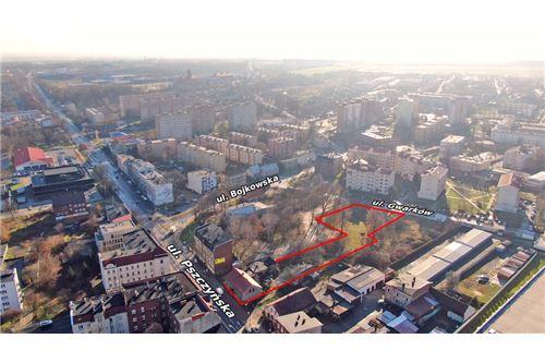 Nieruchomość inwestycyjna - Sprzedaż - Gliwice, Polska - 25 - 800041001-662