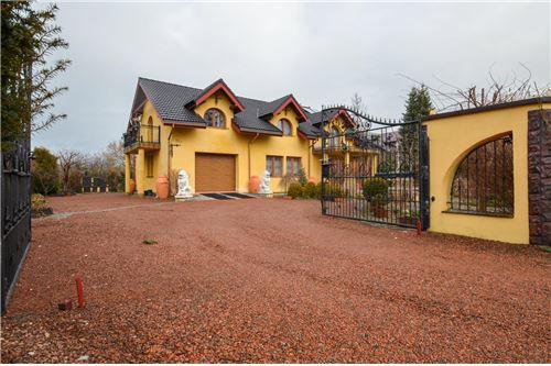 House - For Sale - Ustron, Poland - Wjazd - 800061070-16