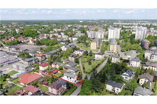 Dom dwurodzinny - Sprzedaż - Katowice, Polska - 72 - 800041001-678