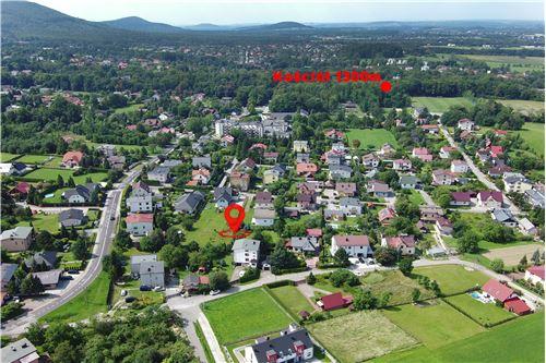 Dom dwurodzinny - Sprzedaż - Jaworze Dolne, Polska - 67 - 800061080-16