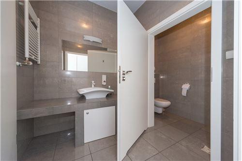 Investment - For Sale - Czechowice-Dziedzice, Poland - 48 - 800061054-123