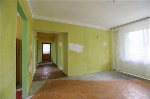 Dom jednorodzinny - Sprzedaż - Poręba, Polska - 50 - 800141016-156