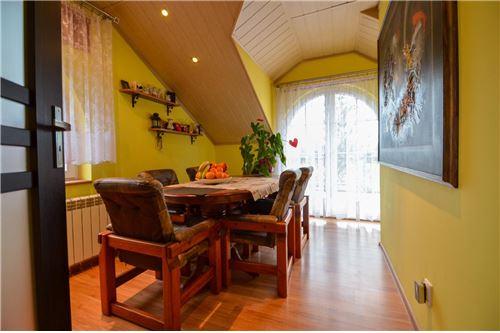 House - For Sale - Ustron, Poland - jadalnia z wyjściem na taras - 800061070-16