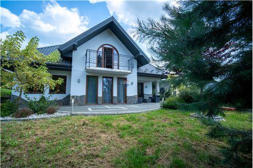 Dom jednorodzinny - Sprzedaż - Łabowa, Polska - 24 - 800211013-24