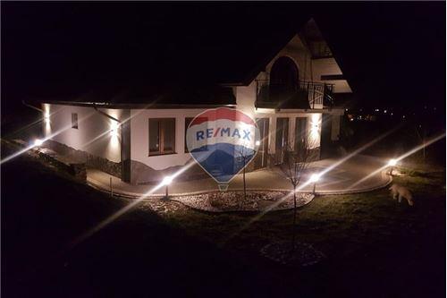 Dom jednorodzinny - Sprzedaż - Łabowa, Polska - 29 - 800211013-24