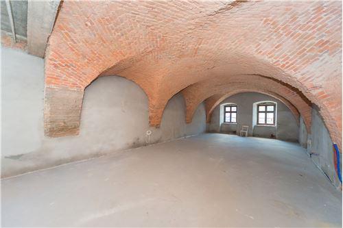 Commercial/Retail - For Rent/Lease - Bielsko-Biala, Poland - 52 - 800061076-115