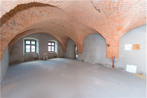 Commercial/Retail - For Rent/Lease - Bielsko-Biala, Poland - 53 - 800061076-115