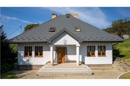 Dom jednorodzinny - Sprzedaż - Łabowa, Polska - 22 - 800211013-24